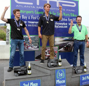 1st Place: Robbie Lollar, 2nd Place: Spencer Symons, 3rd Place: Troy Harmon winners