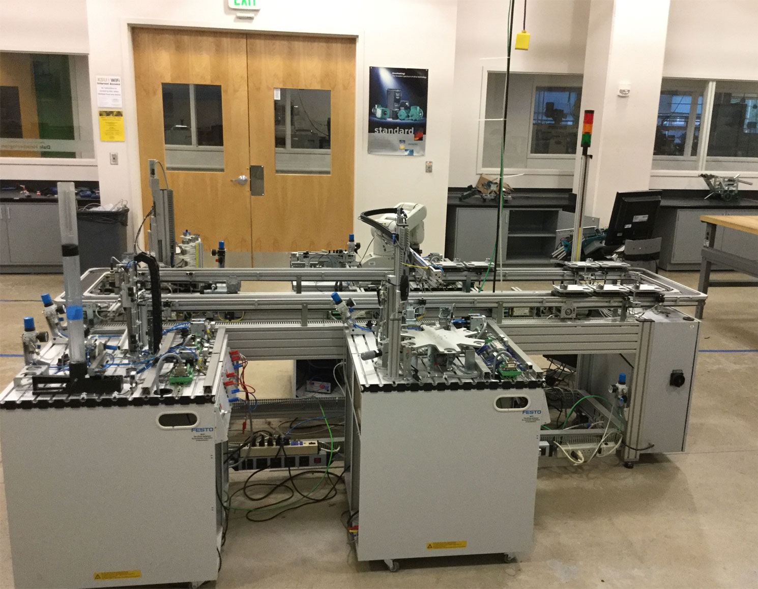 Researches intelligent robotics amp mechatronic system laboratory -  Not Only Intelligent Features But Also Implementing More Flexible Agile And Reconfigurable Mechatronic System Applied To Manufacturing Automation